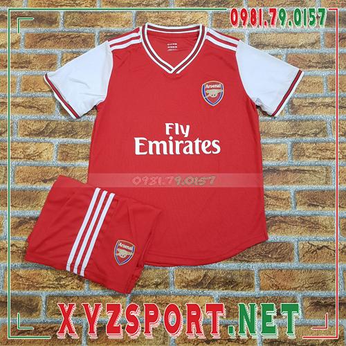 Bật mí cách lựa chọn áo Arsenal giá rẻ vẫn chất như nước cất 1