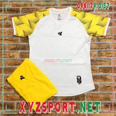 Phân biệt áo đấu không logo chính hãng và áo đấu kém chất lượng 3