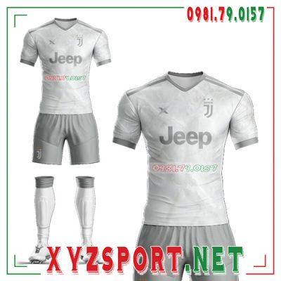 Tổng hợp 7 mẫu áo bóng đá câu lạc bộ Juventus đẹp nhất mùa giải 2020 - 2021 4
