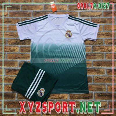 Chiêm ngưỡng 50 mẫu áo đấu Real Madrid mùa giải 2020/21 3